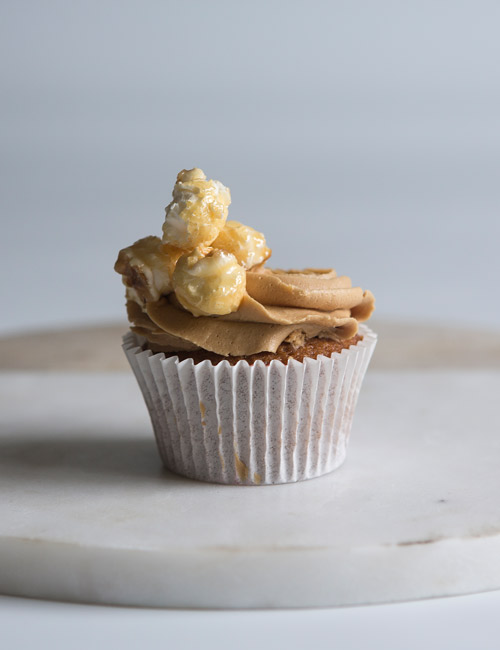 toffee-popcorn-cupcake